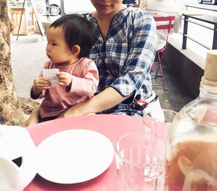 與女兒的假日午餐選擇了TAKE FIVE五方食藏
