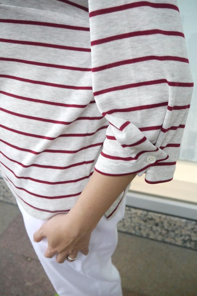 小幫手實穿山稜線上漫步七分寬袖條紋上衣
